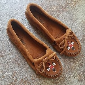 (New) Minnetonka 7 Thunderbird Slipper Mossicans